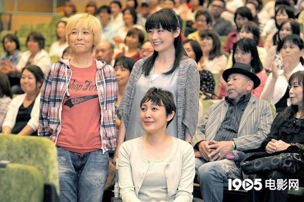 朋子 藤田 藤田朋子、若い頃と比べた現在の姿に「え!?」 夫・桑山哲也との結婚生活は?